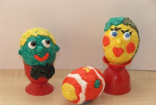Ovos de Páscoa de ... plasticina