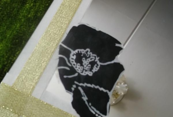clapă de mătase sau material satinat