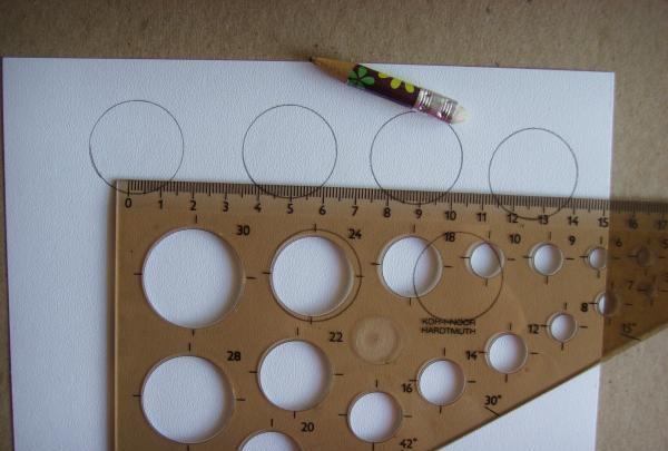desenează cercuri