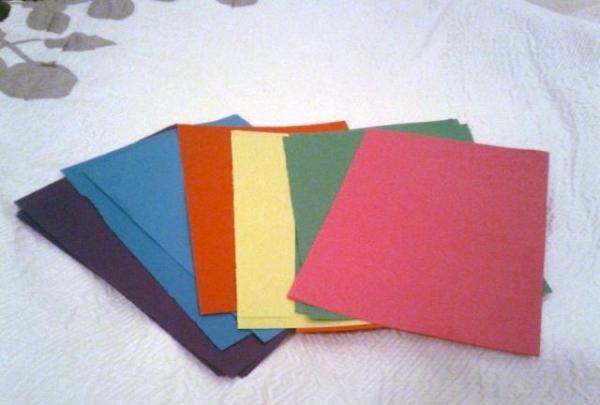spalvotas popierius