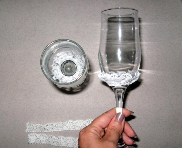 Klijai ant abiejų stiklų