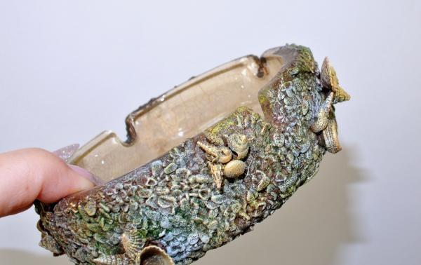 Farvede muslingeskaller med antikt guld