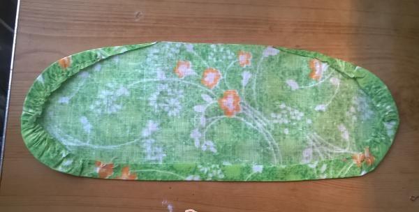 Perna decorativa pentru fete