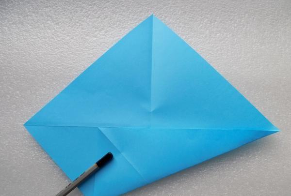 Pudełko z papierowego łabędzia