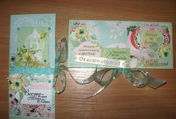 Envelopes de primavera por dinheiro