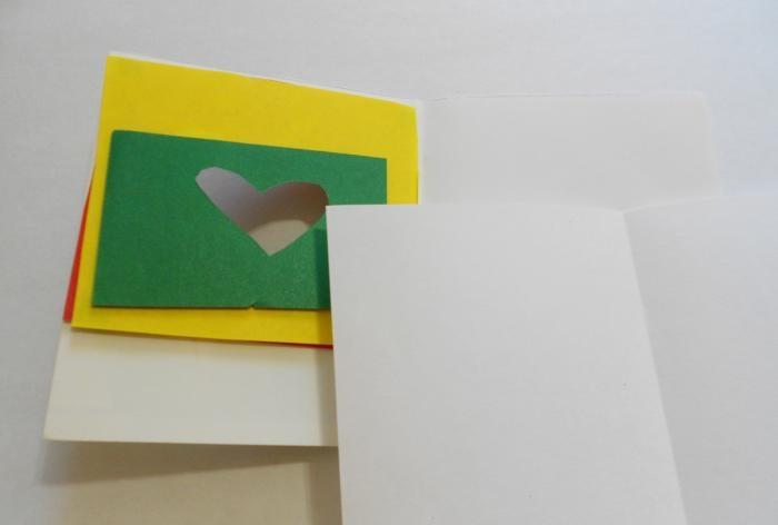 Coração de arco-íris de cartão postal