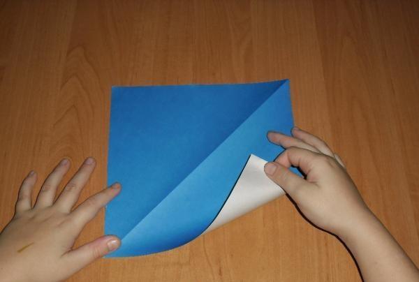 o bucată de hârtie
