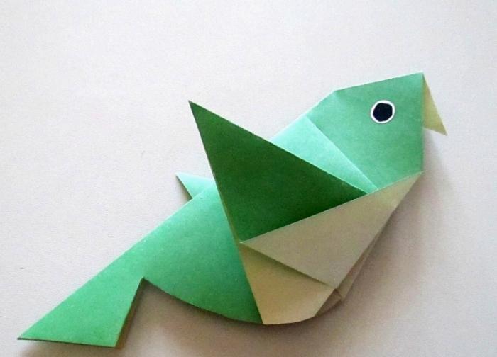 Como fazer um pássaro de origami