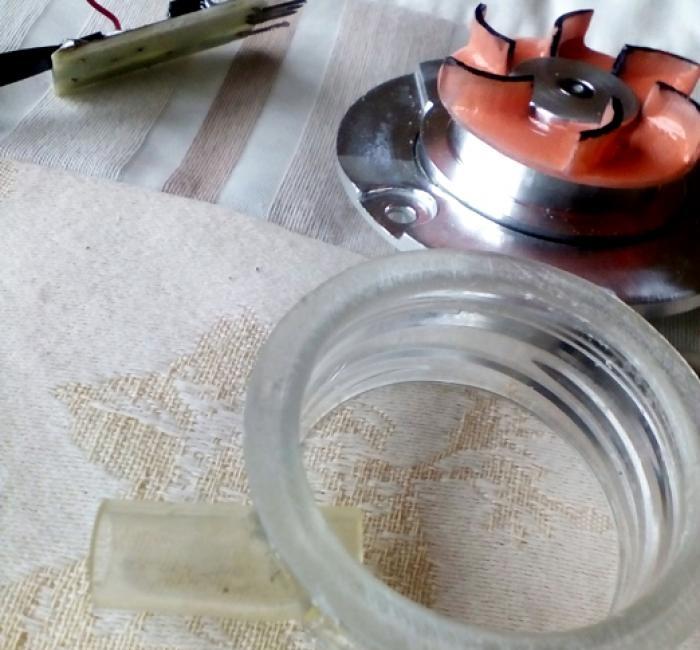Automatyczne urządzenie do podlewania roślin