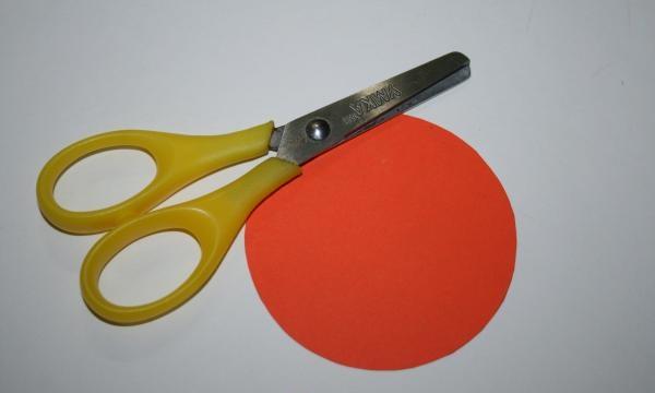 corte um círculo para a base