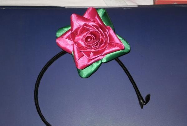floare kanzashi