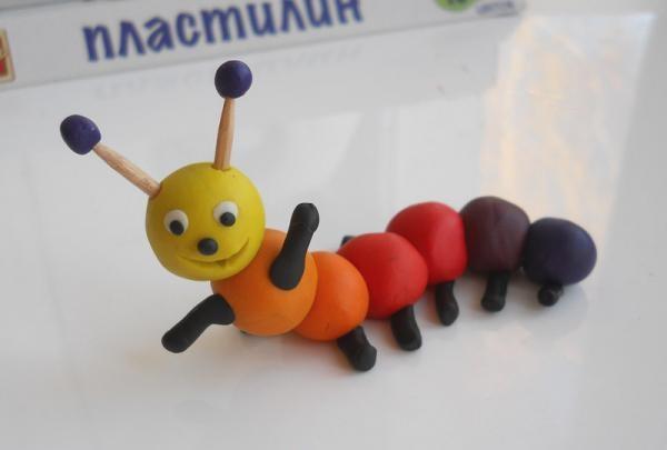 sâu bướm plasticine