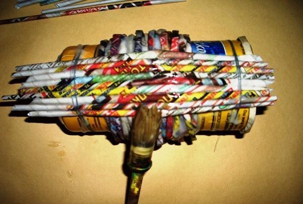 lipici tuburile pe verticală