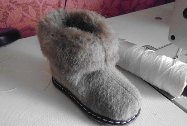 Papuci de iarnă pentru copii din blană