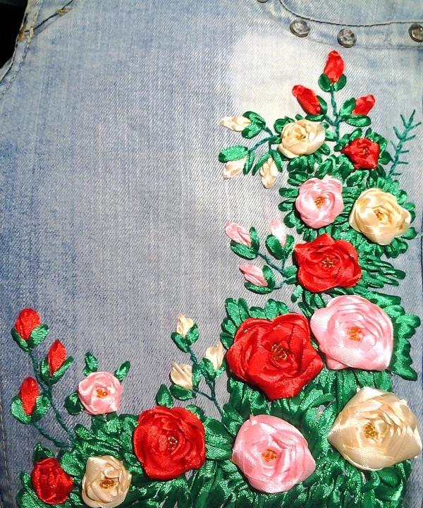 Coaseți mijlocul trandafirilor cu margele