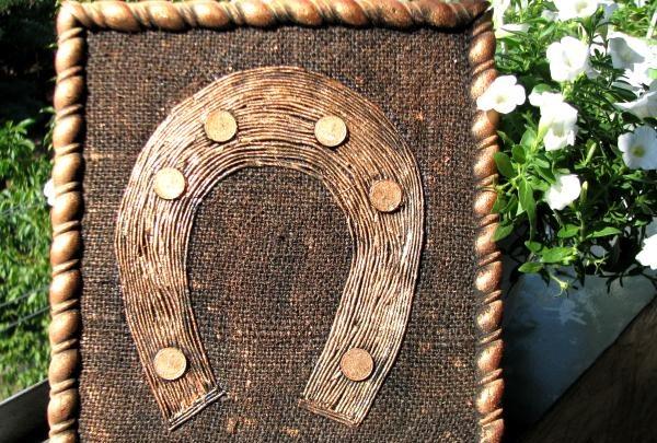 Pictarea unei amulete de potcoavă