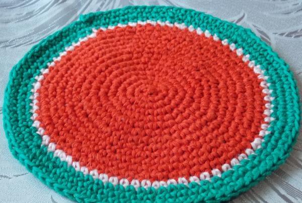 tricotat rânduri de verde