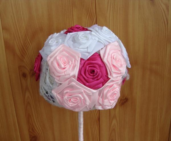 face trandafiri roz