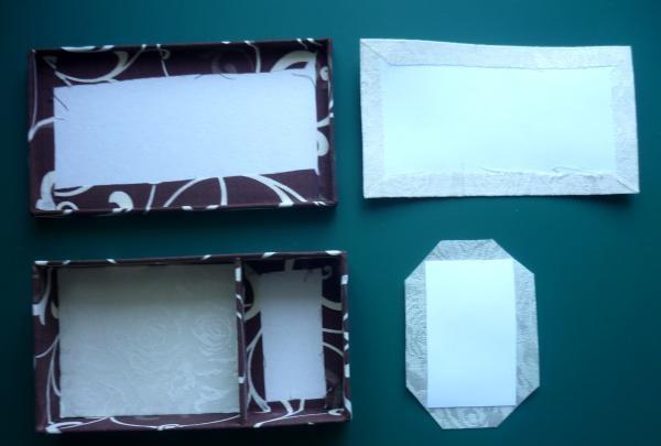 Tăiați hârtie albă