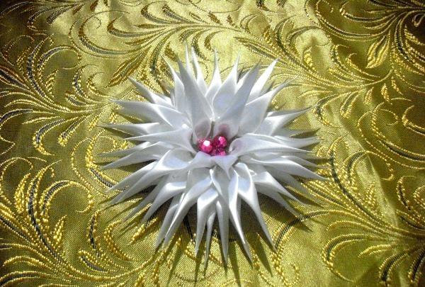 Banda albă de păr Dahlia