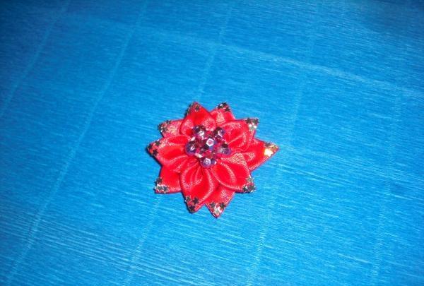สร้างหมากฝรั่งดอกจัน