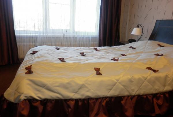 จำนำผ้าคลุมเตียงที่สวยงามของความสะดวกสบาย