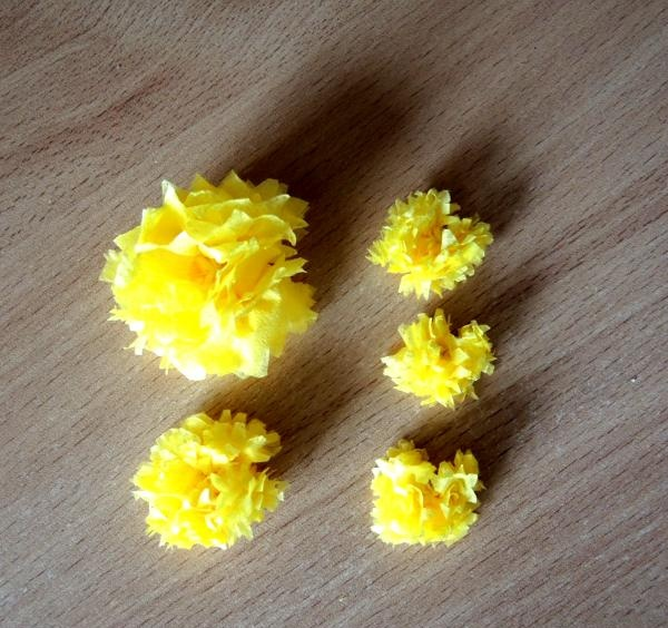 asemenea flori