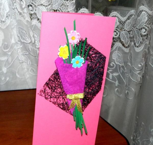 tre dekorative blomster