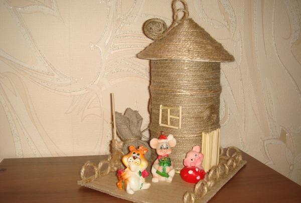 Legetøjshus tårn