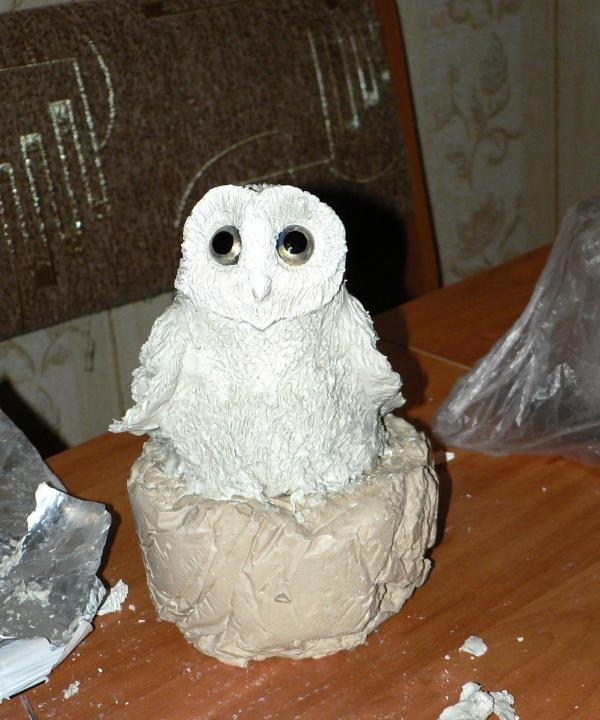 Sculpting Owl Figurines
