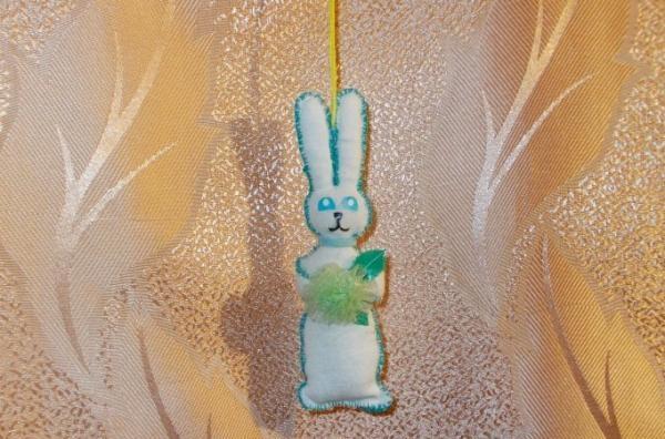 ต้นคริสต์มาสของเล่นกระต่าย