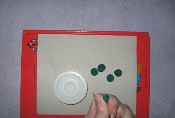 žalio plastiko gabalas