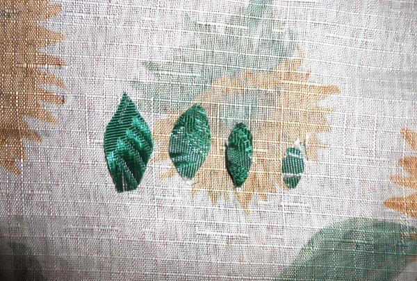 Lim bladene på grenene