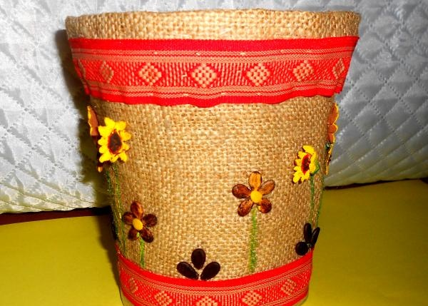 Gėlių vazonų dekoras