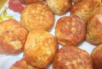 Bile cu pui de orez cu brânză fragedă