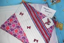 Husa de perna in stil patchwork cu elemente de broderie