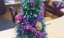 Weihnachtsbaum aus Ordner gemacht