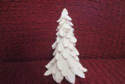 DIY Χριστουγεννιάτικο δέντρο από κυματοειδές χαρτί