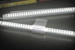 Lumina de zi LED