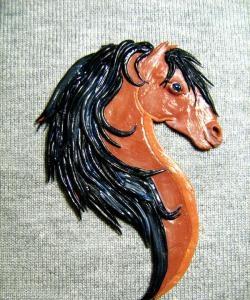 Magnes z głową konia
