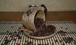 Goldene Kaffeetasse
