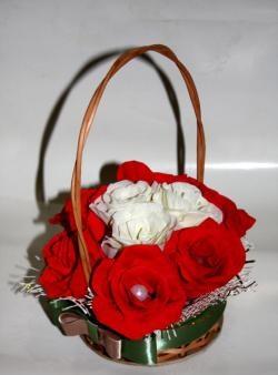 Кошница с цветя от гофрирана хартия