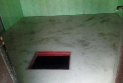 Żelbetowa podłoga nad piwnicą
