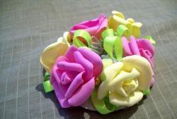 Trang trí lưới tóc với hoa hồng từ foamiran