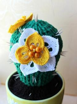 Blooming Cacti Crocheted