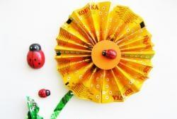 Цвете от опаковки за бонбони от бонбони