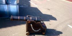 Изработка на декоративен пистолет