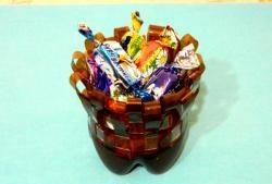 Плетена консервна кутия от пластмасови бутилки