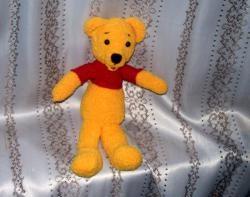 Hvordan binder man et legetøj Winnie the Pooh?