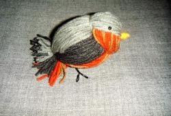 Pasăre cu fir